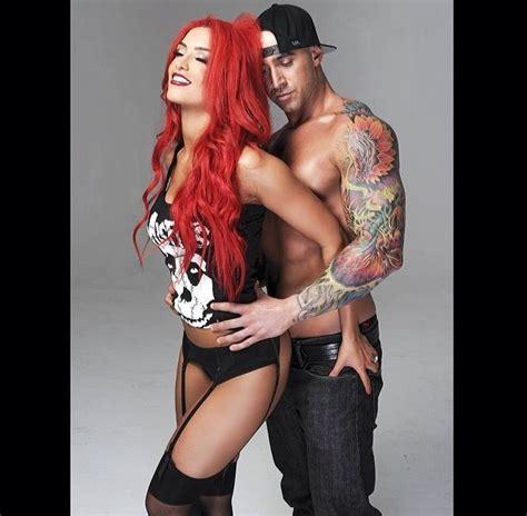 how does eva marie keep her hair so red eva marie wwe pinterest eva marie couple and love her