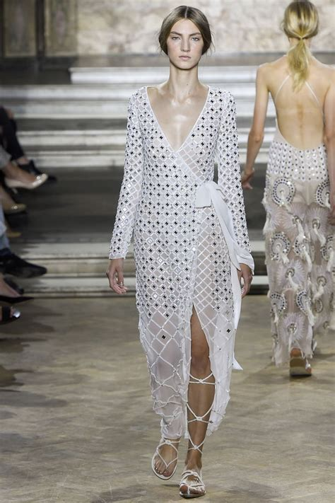 Careys The Runway Look by 1000 Images About Temperley On Vests