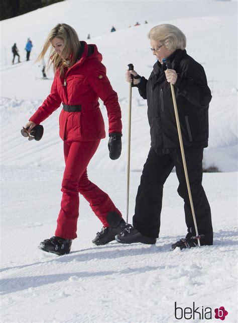 fotos holanda invierno la reina m 225 xima y beatriz de holanda durante sus