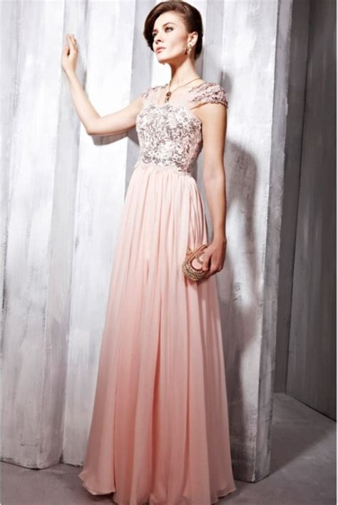 Elegant evening dresses with lace for brides