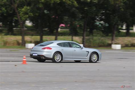 Porsche Panamera Hybrid Test by Test Drive Porsche Panamera S E Hybrid