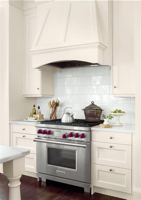 Ultimate White Kitchen Design   Home Bunch Interior Design