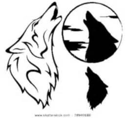 Outlines Of Wolves by Stock Vector Howling Wolf Vector Illustration Outline Silhouette Against Moon Disk Free Images