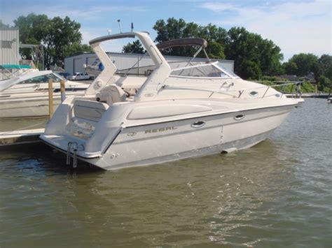 boathouse hours 1999 regal commodore 2760 331 hours boathouse kept twin 4