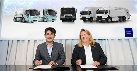 volvo group  samsung sdi enter strategic alliance  electromobility vehicles pmv middle
