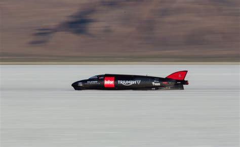land speed record martin sets new triumph land speed record in