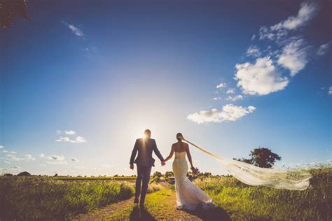 Stunning Wedding Pictures 10 stunning wedding pictures from 2015