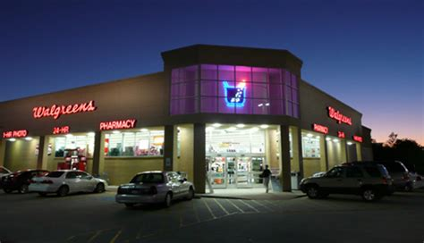 walgreens open on walgreens hours image mag