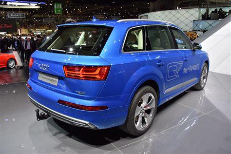 Audi Q7 Gr E by το Audi Q7 E θα προσφέρεται με κινητήρα βενζίνης σε
