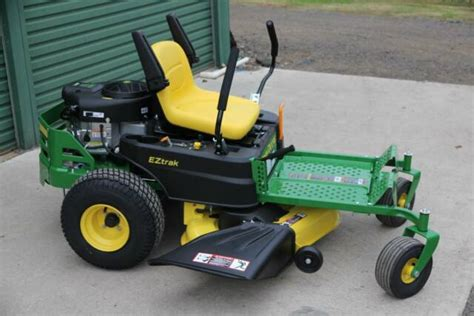 display john deere   deck hp  turn