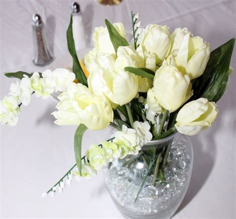 Wedding Flowers On A Budget by Wedding Flowers On A Budget India S Wedding