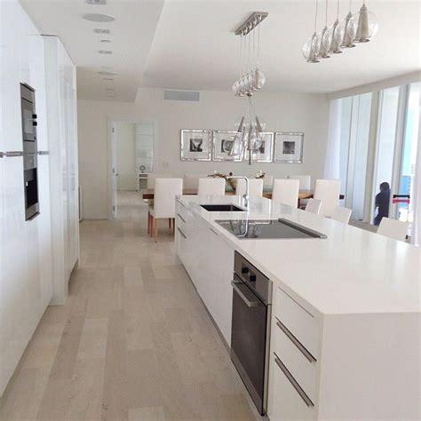 island arrangement  sink  hob kitchen