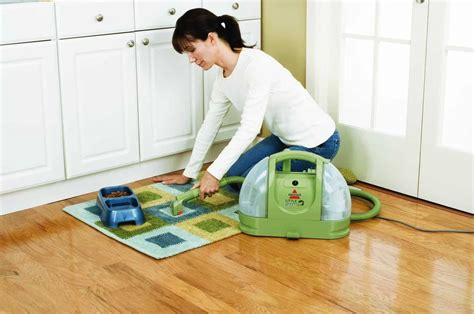 carpet and upholstery cleaners reviews best carpet cleaner reviews 2017 top 10 models reviewed