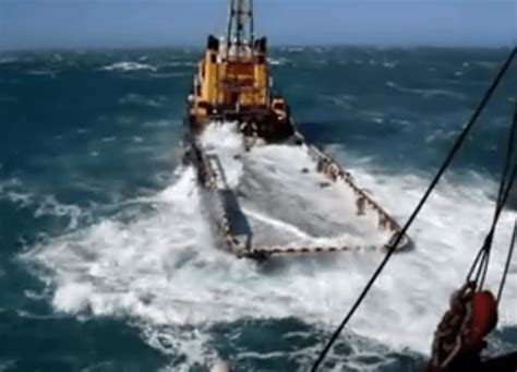 how to get a supply boat job watch dangerous job on offshore supply vessel waves wash