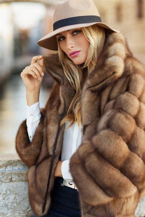 Diddy Makes Fashion Faux Pas With Fur Jacket by Le Manteau En Fausse Fourrure Une Tendance Depuis