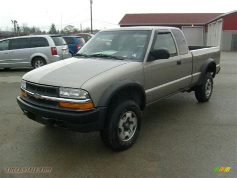 2000 chevrolet s10 ls extended cab 4x4 in light pewter