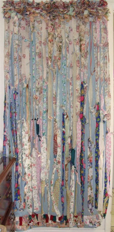 Bohemian Style Curtains 25 Best Ideas About Hippie Curtains On Pinterest Scrap Fabric Curtains Hippie Bedrooms And