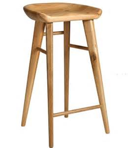 timber bar stools best 25 wooden bar ideas on pinterest