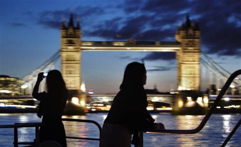 thames clipper london bridge to putney london mbna thames clippers reviews family deals