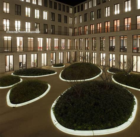 L-Bank, courtyard, Karlsruhe / projects / Architecture ... L Bank