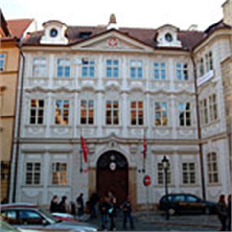 Mba Colleges In Prague by Mba Programs For Speakers In Prague Prague Tv