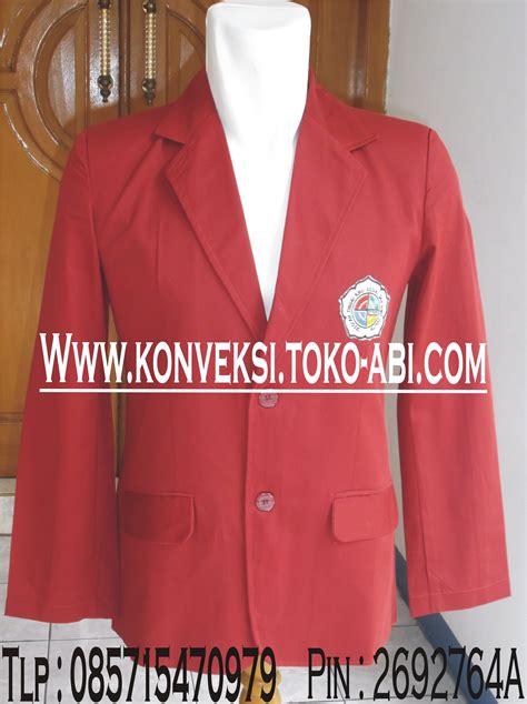 Kaos I Tigaraksa konveksi pembuatan jas almamater pria di tangerang