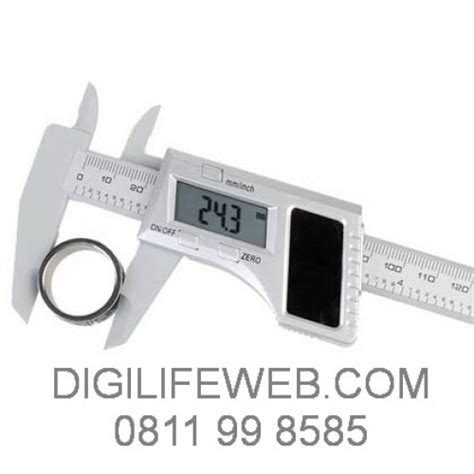 Jangka Sorong Digital Lcd Vernier Caliper Micrometer 150cm solar digital caliper jangka sorong digital