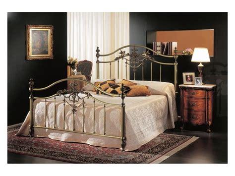 bett 160x190 classic bed in brass bronze for hotel room idfdesign
