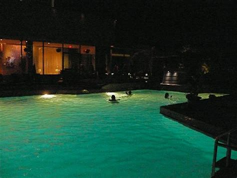 pool at night outdoor pool at night picture of hotel bonaventure
