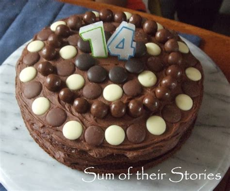 easy cake decorations simple cake decorating ideas that anyone can do sum of