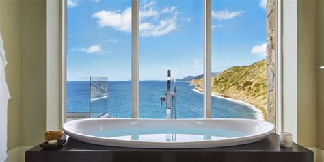 best bathtubs 10 luxury rentals with the best bathtub views ranked by