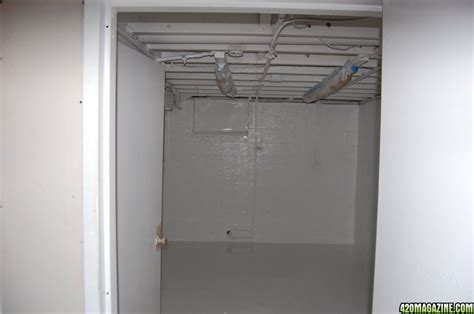 Setting Up A Closet Grow Room by The Ultimate Grow Room Page 2