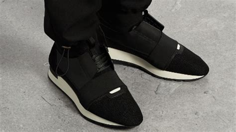 balenciaga runner black leather the sole supplier
