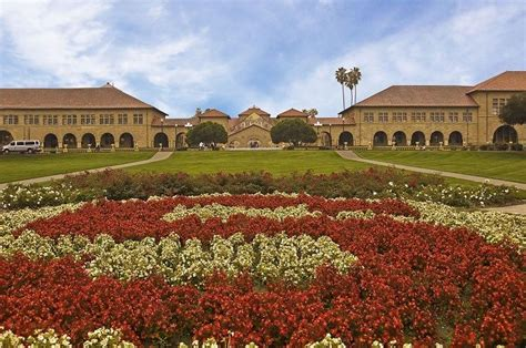 How Is It To Get Into Standford Mba Program by How To Get Into Stanford 3 Insider Tips From A Recent