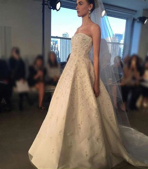 Where To Buy Wedding Dresses by Where To Buy Cheap Wedding Dresses In Dubai Flower