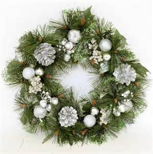 christmas 16 quot decorated christmas wreath silver glitter