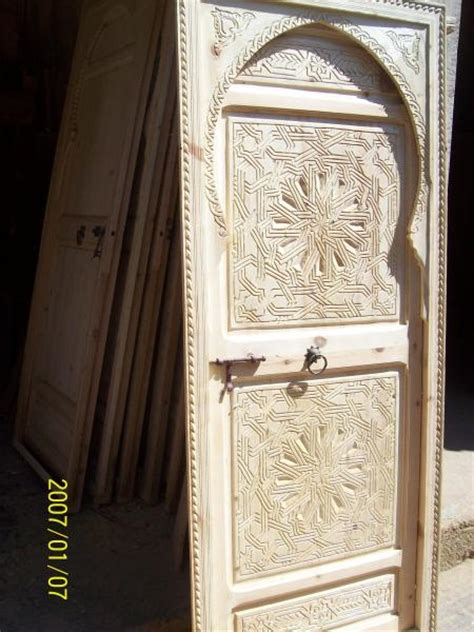 Porte Orientale Bois by Camille Chambre Marocaine