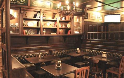 arredamento pub irlandese arredamenti per pub in stile classico western