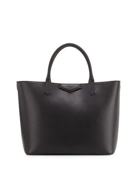 Givenchy Antigona Calfskin Hardware Medium 566b With Clutch Sz 27cm givenchy handbags backpacks clutch bags at bergdorf