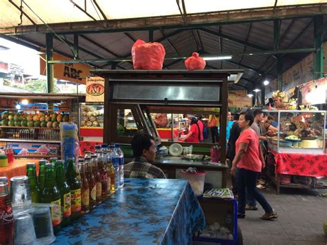 Meja Pasar Malam gado gado surabaya di pasar malam kreneng denpasar