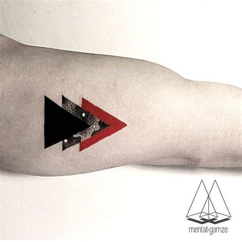 geometric tattoo new york top 25 best triangle tattoos ideas on pinterest