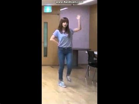 tutorial dance mr chu apink mr chu dance practice chorong focus youtube