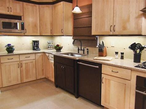 two tone kitchen cabinets doors two tone painted kitchen