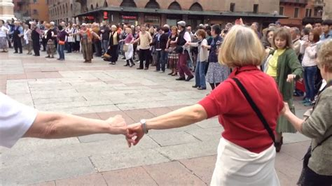 popolari bologna balli popolari in piazza maggiore bologna