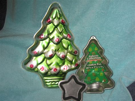 items similar to wilton 16 quot christmas tree cake pan 502