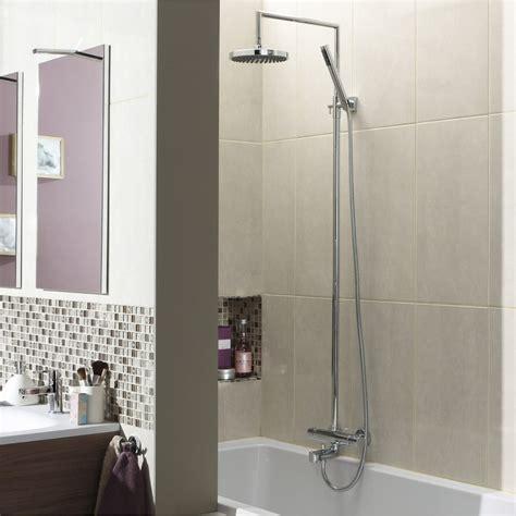 Installer Dans Baignoire installer colonne de dans une baignoire