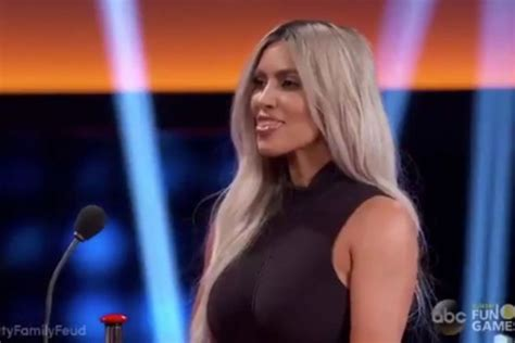 kim and khloe kardashian family feud khloe kardashian glares at kim kardashian during family