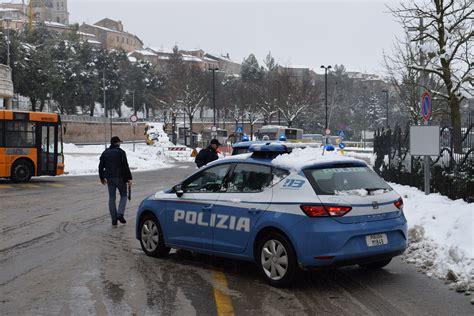 Marche Di Ladari Polizia Di Stato Questure Sul Web Macerata
