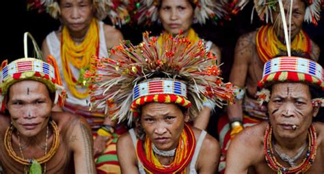 tattoo suku mentawai 10 days siberut mentawai tribe fun sumatra tour travel