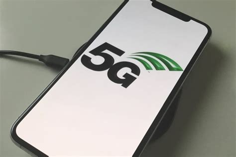5g iphone unlikely until 2020 given intel modem announcement
